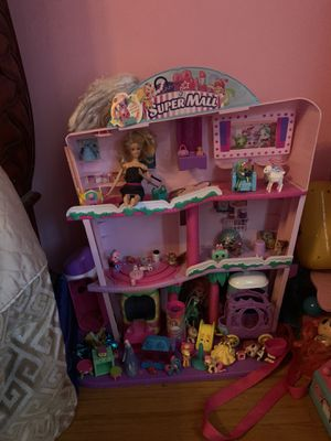 Shopkin toy house with toys lol doll speaker for Sale in Carmichael, CA