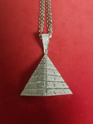 14k white gold over 925 stamped sterling silver made in Italy pyramid pendant with chain for Sale in Brooklyn, NY