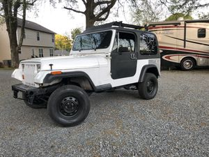 """93 Jeep Wrangler YJ (40k swapped engine) 2""""Lift for Sale in Charlotte, NC"""