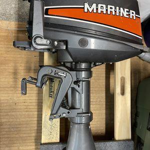 8hp Mariner 2stroke Kicker for Sale in Kirkland, WA