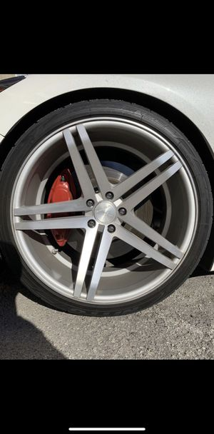 20x11 Verde Parallax Rims for Sale in Los Angeles, CA