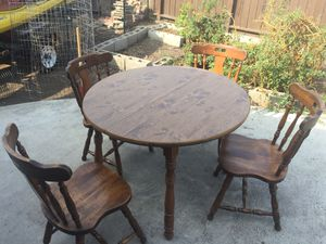 Table and chairs for sale for Sale in Hayward, CA