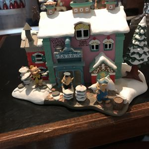 3 Little Pigs Bakery Part Of Disney's Winter Wonderland Collection for Sale in Shoreline, WA