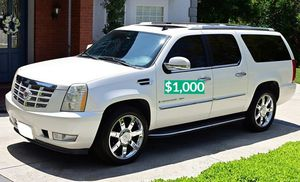 $1OO0 🔑I'm the first owner🍁and i want to sell my 2OO8 Cadillac Escalade🔑 for Sale in Washington, DC