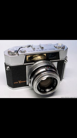 Vintage Aires Viscount Camera (Excellent Condition) for Sale in St. Louis, MO