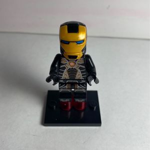 Lego Iron Man (not Lego Brand) for Sale in Lynwood, CA