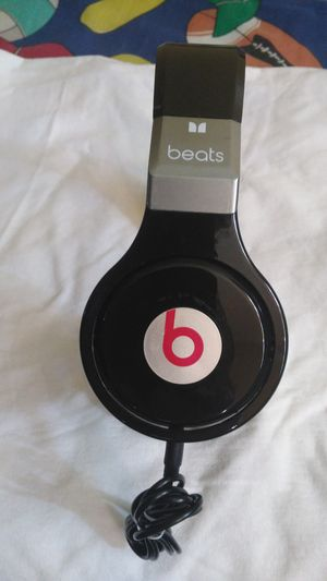 BEATS BY DR DRE DETOX HEADPHONES WIRED for Sale in Escondido, CA