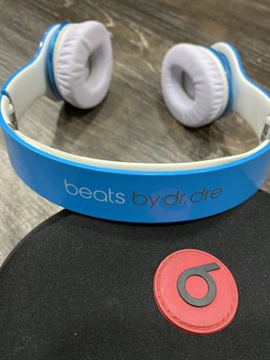 Beats by Dre Solo Headphones with Case for Sale in Turlock, CA