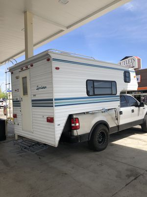 1999 sportsman cab over camper for Sale in Corona, CA