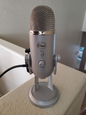 Blue Yeti Silver USB Condenser Mic (trades welcome) for Sale in San Dimas, CA