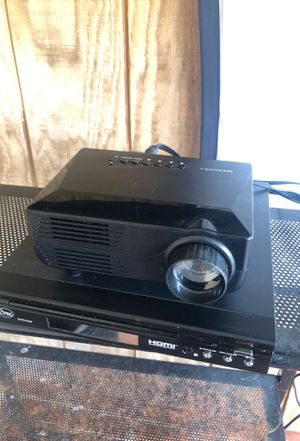 Projector and DVD player for Sale in Miami, FL