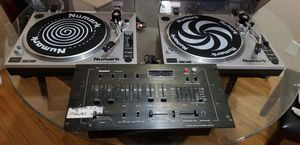 Numark turntables and mixer for Sale in Downey, CA