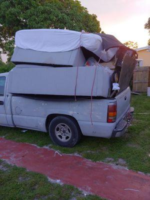 Trash Hauling Pickup Truck $1675 Runs Great for Sale in Pembroke Pines, FL