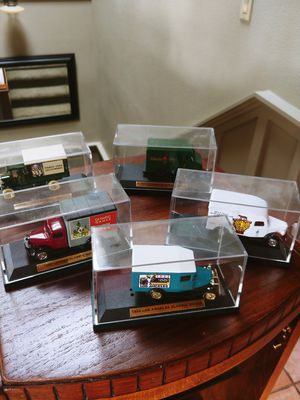 Rare ! 5 Set of Cased Collectable Model Cars. Olympic Style for Sale in Portland, OR