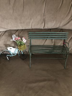 Small Park Bench and Bicycle Photo Holder for Sale in Hampton, VA