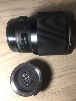 Sigma 85mm f/1.4 DG HSM Art Lens for Canon EF full frame for Sale in West Palm Beach, FL