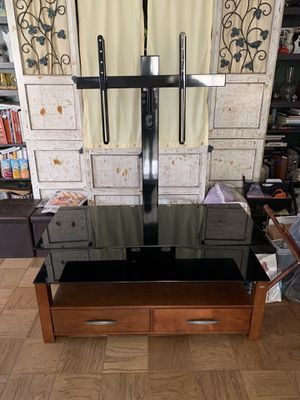 Tv stand with shelves and drawers for Sale in New York, NY
