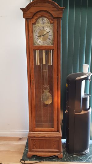 Ridgeway 1983 grandfather clock for Sale in Lakewood, CA