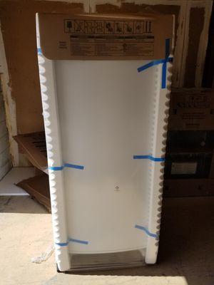 Brandnew whirlpool 18 cu ft upright freezer for Sale in Tampa, FL