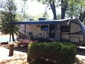 2013 , 29 ft BHS Wildcat 5th wheel. Travel trailer. Excellent condition only used three times in its life. Stored perfectly and detailed regularly. for Sale in Foster City, CA