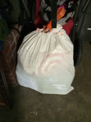 Free Adult Diapers and chucks for Sale in Apple Valley, CA