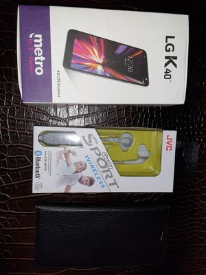 Metro pcs LG k40 brand new deal of the day with jvc bluetooth headphones and wallet case for the phone selling $175 for everything for Sale in Miami, FL