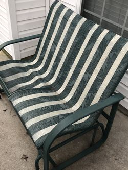 Outdoor Swing Chair for Sale in Alpharetta,  GA