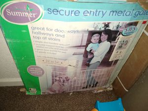 Baby gate for Sale in Fresno, CA