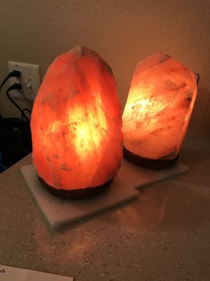 Himalayan Crystal Salt Lamp for Sale in Ontario, CA