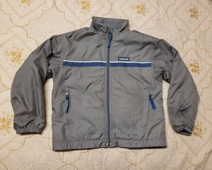 Patagonia brand Youth jacket for Sale in Fresno, CA