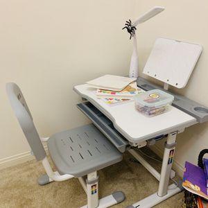 Kids Desk for Sale in Irvine, CA
