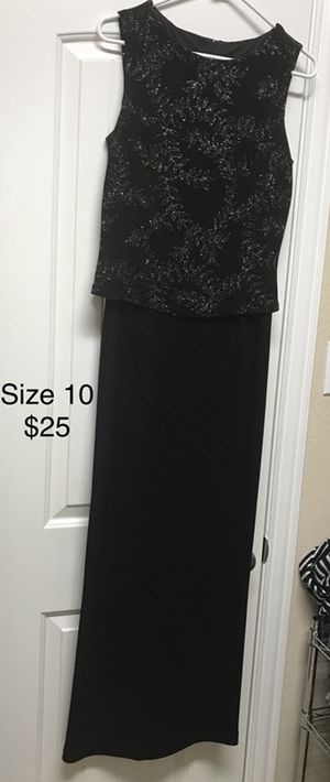 Evening wear/ woman's dress size 10- REDUCED- $15 for Sale in Round Rock, TX