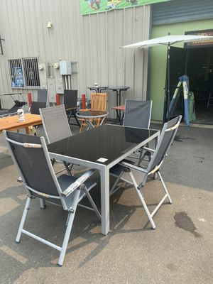 4 chairs and glass table Europe style New in n box size 57x37 for Sale in Bakersfield, CA