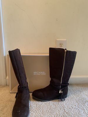 Girls Brown Size 5 Michael Kors Suede Boots. for Sale in Columbia, SC