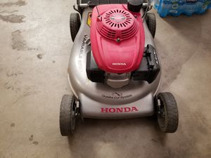 Honda lawn mower $90 for Sale in Santa Fe Springs, CA