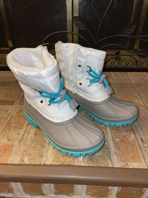 Kids sz 2 Thermolite white & green snow boots for Sale in Jamison, PA