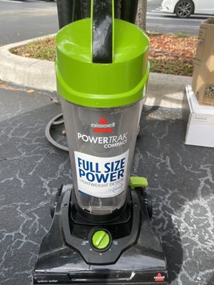Full Size Light Weight Vacuum Cleaner in Good Condition Asking $40. Obo for Sale in Boca Raton, FL