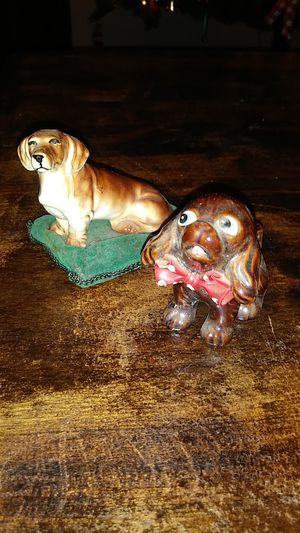 Two dog statues for Sale in Lancaster, CA