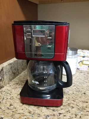 Coffee maker and crock pot for Sale in San Antonio, TX