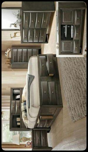 💤Special💤 Emily Gray Storage Platform Bedroom Set for Sale in Glen Burnie, MD