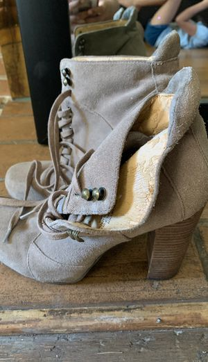 Nine West boots size 8 in women's for Sale in Oakland, CA