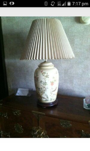 ORIENTAL LAMP for Sale in Mount Vernon, OH