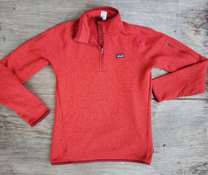 Patagonia womens 1/4 zip fleece size med for Sale in Clifton, NJ