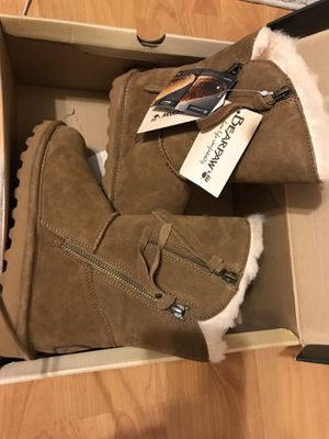 Bearpaw boots for Sale in West Sacramento, CA