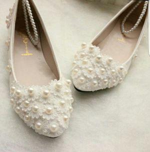 Shoes size 8 free for Sale in Jupiter, FL