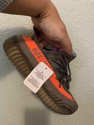 Yeezy boots 350 new (7.5) for Sale in Dover, FL