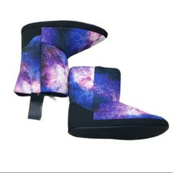 Black Matter Hot Topic Galaxy Size 9-10 Pull On Boots for Sale in Redmond,  WA