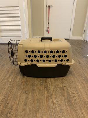 Small Dog Kennel for Sale in Lynnwood, WA