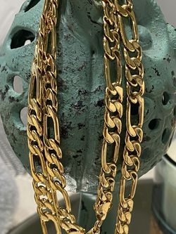 """18k GPL Figaro Chain Necklace 22"""" 24"""" 8mm for Sale in Nashville,  TN"""