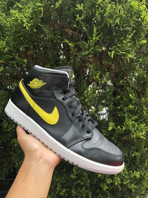 Air Jordan 1 Mid for Sale in Campbell Hall, NY
